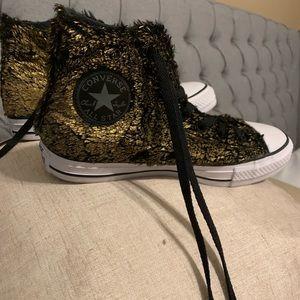 Converse All Stars 🌟 .  Furry and fun dressy